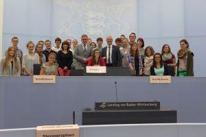 Landtagspräsident empfängt junge Musikanten aus Bingen